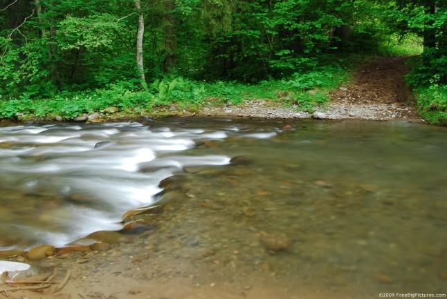 river-path-646x433-jpg